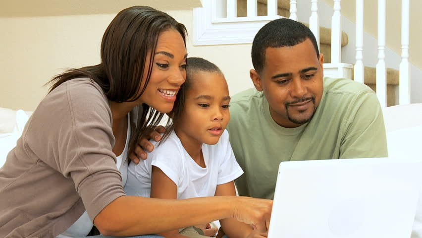 Family = Business: Network Proposal for Financial Freedom and Entrepreneurial Literacy